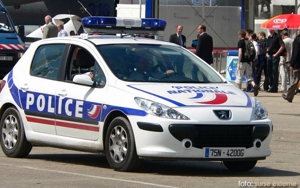 masina politie franta