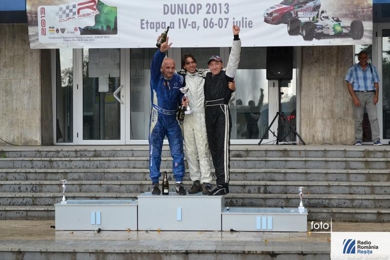 podium-hora-2013