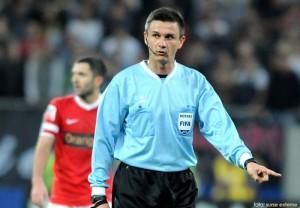 Cristian Balaj va arbitra meciul dintre SC Freiburg si Slovan Liberec
