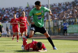 fault asupra lui Florin Costea, in meciul CFR Cluj-Pandurii