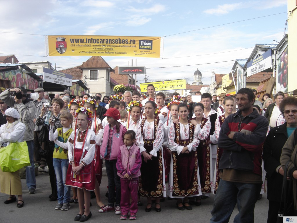 Festivalul etniilor la Caransebes 3