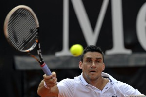 Hanescu eliminat in primul tur al turneului de la Tokyo