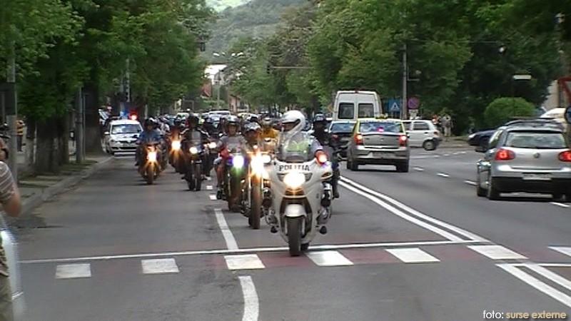 bistrita-motociclistii-cer-sa-fie-respectati-trafic-foto_1