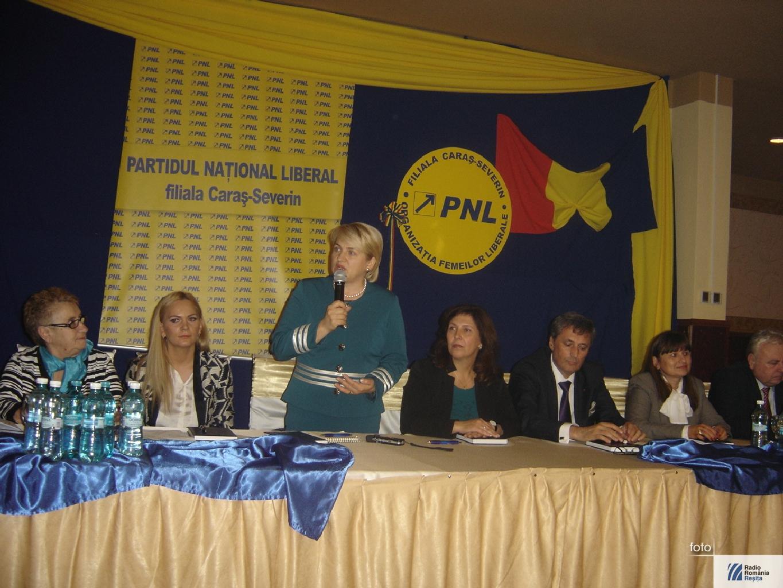 Lucia Varga la PNL