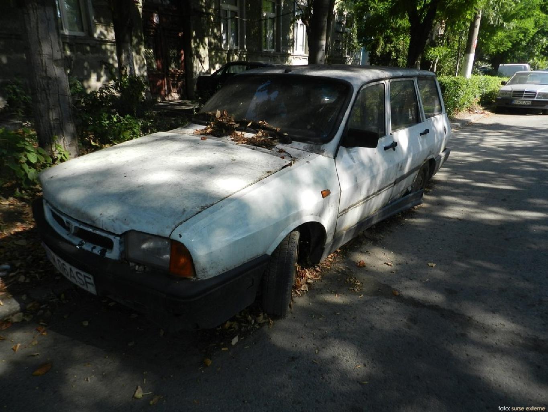 masina abandonata