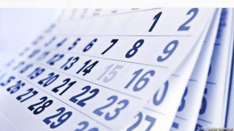 calendar_92183400