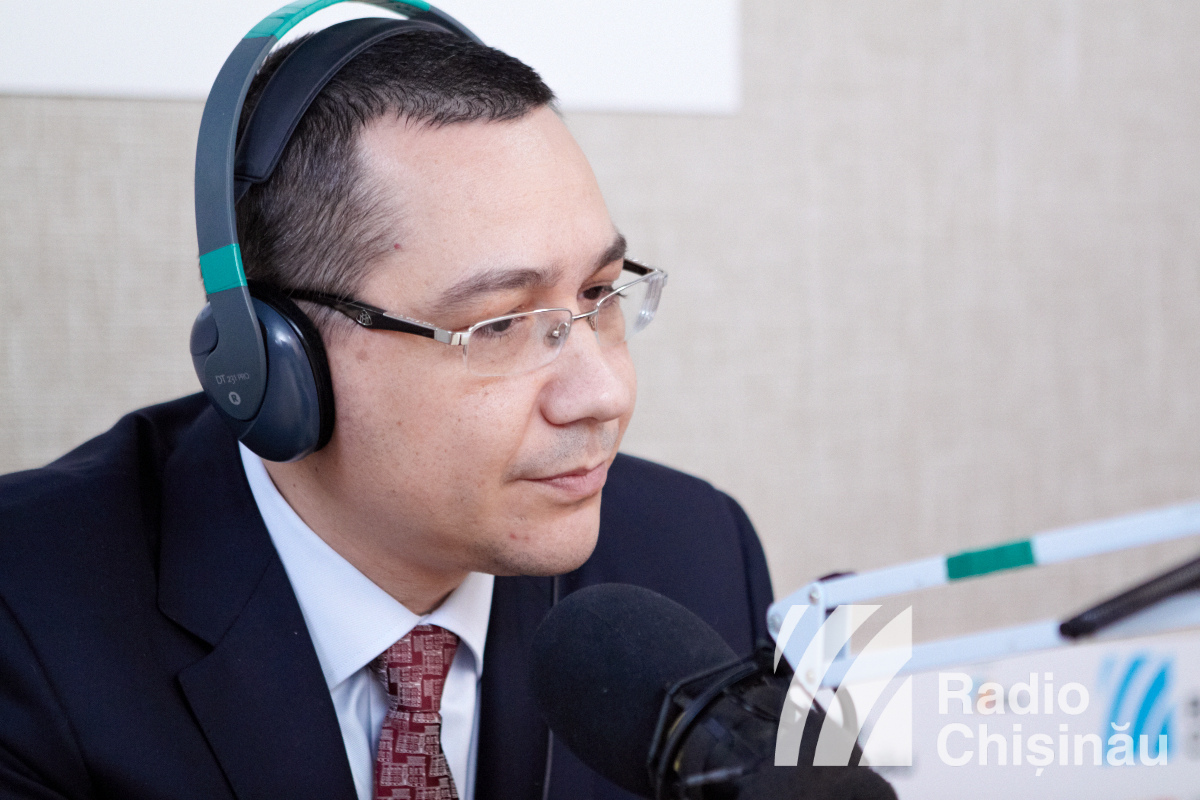 01. VICTOR PONTA LA RADIO CHISINAU
