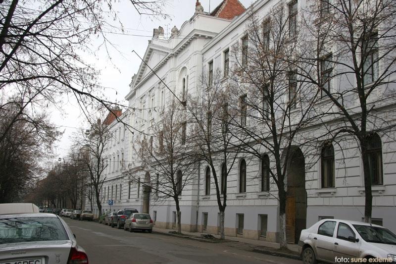 Biblioteca A. D. Xenopol Arad