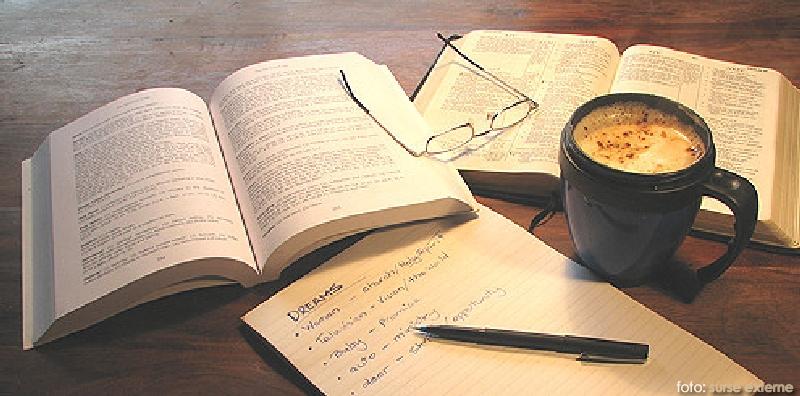 Carte-si-cafea