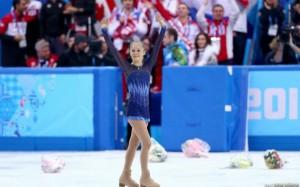 Rusia a castigat primul aur la Soci, la patinaj artistic pe echipe