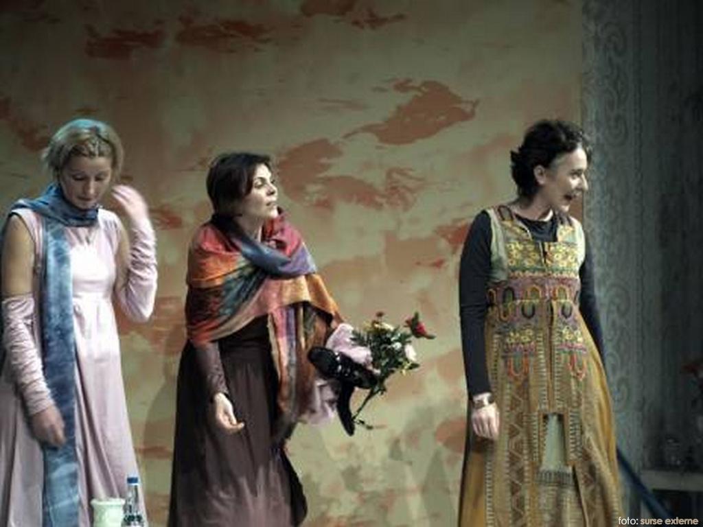 teatru-femei