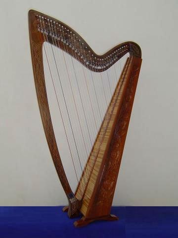 harpa celtica