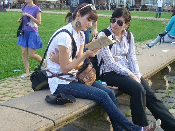 biblioteci in aer liber