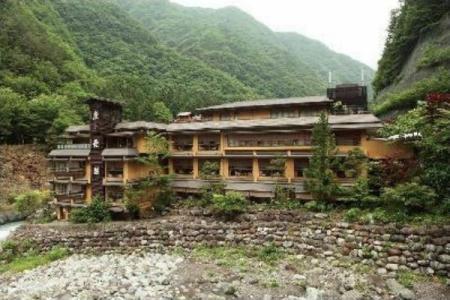 cel mai vechi hotel din lume