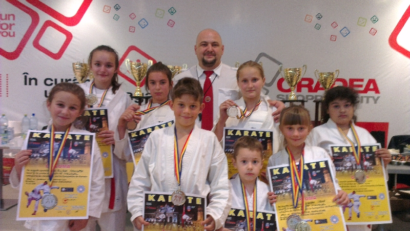 karateka de la Sport Star Anina la Cupa Shogunul de la Oradea