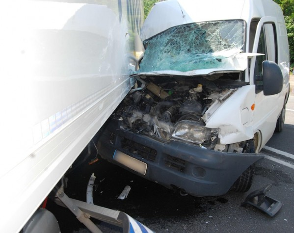 Accident-Autoutilitare DN7