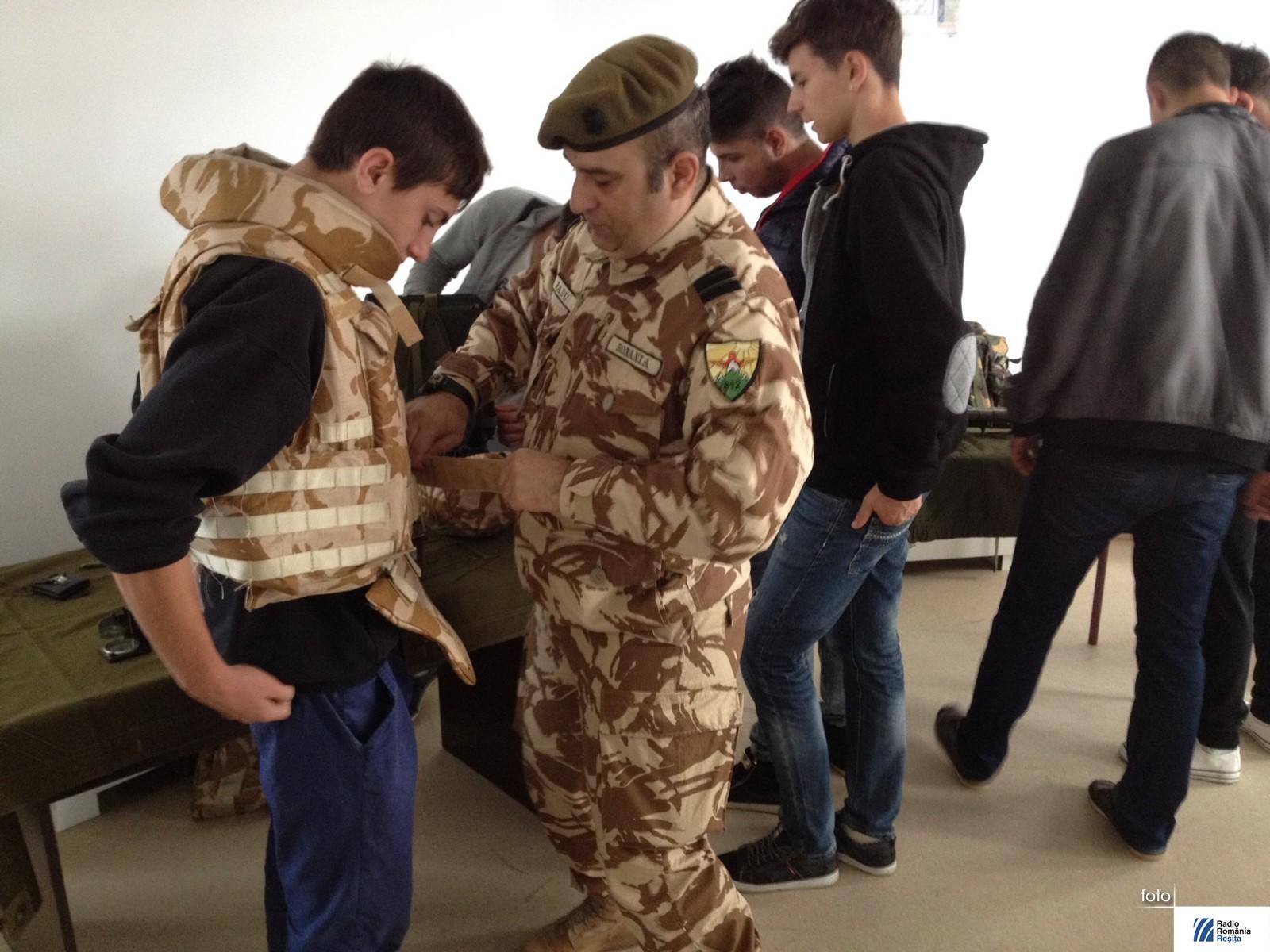 ziua armatei in scoli (8)