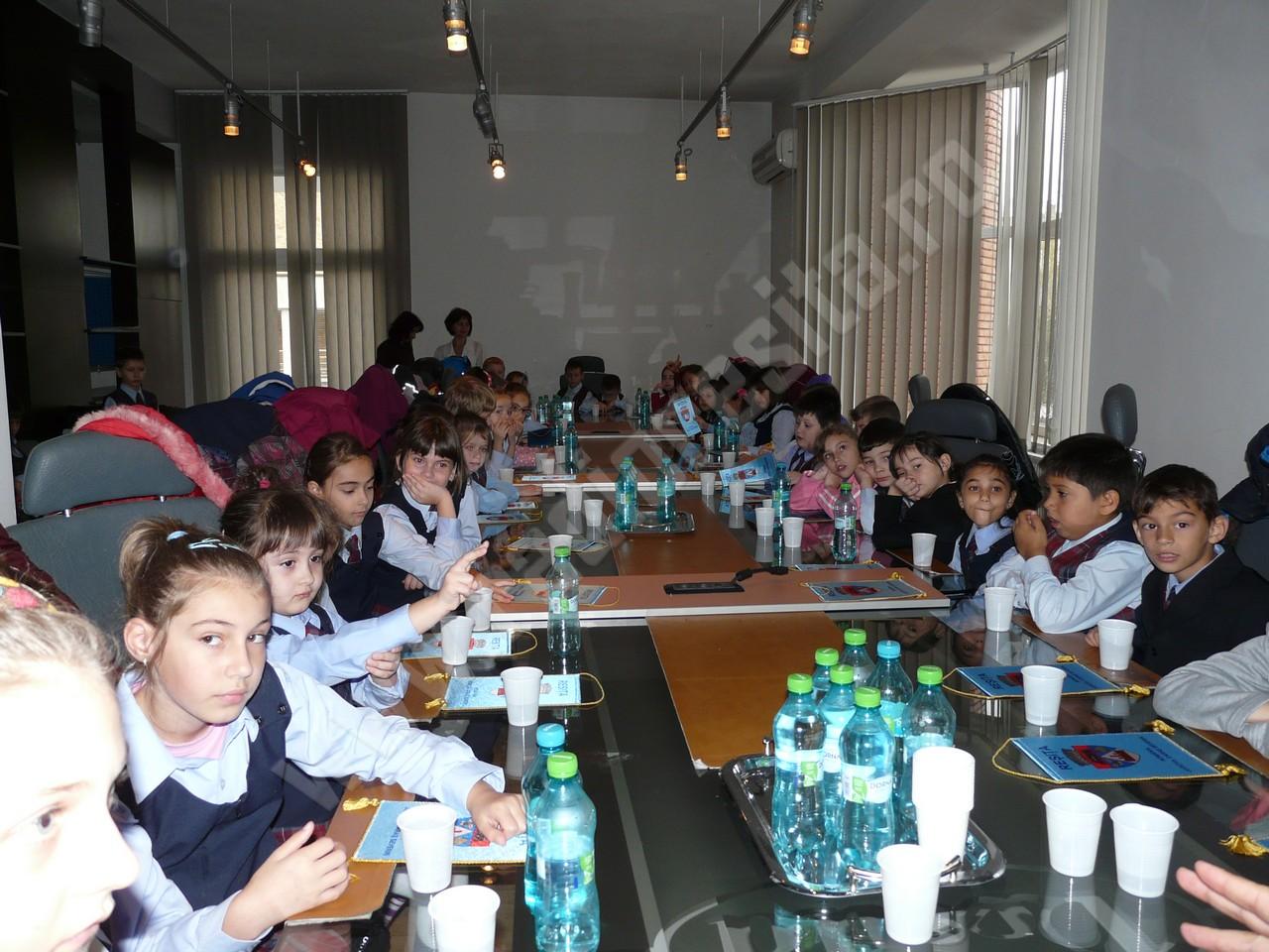 elevi la primarie (2)