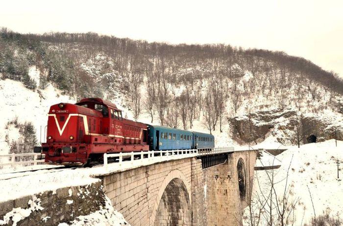 anina-oravita-iarna-tren