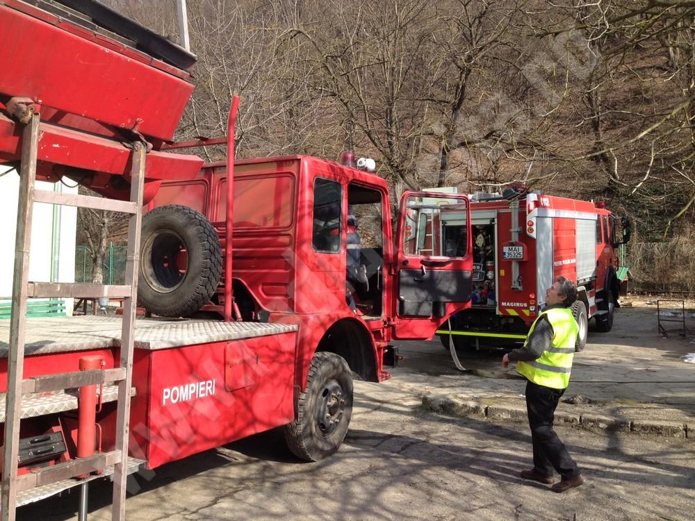 pompieri, simulare incendiu azil de batrani resita (7)