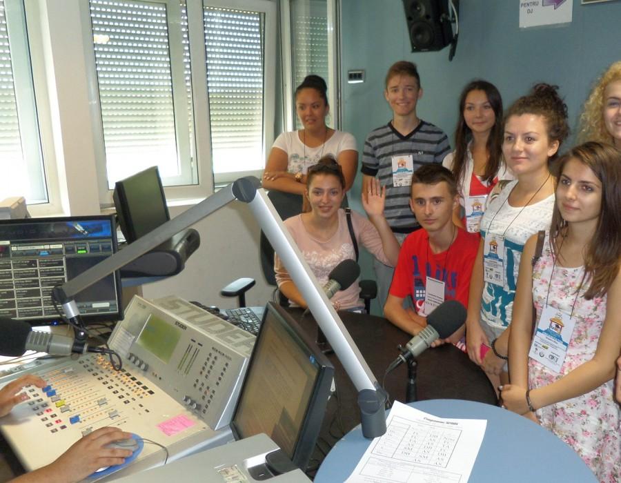 Radio Timișoara în cooperare cu Universitatea de Vest asigură programe de pregătire a viitorilor studenți