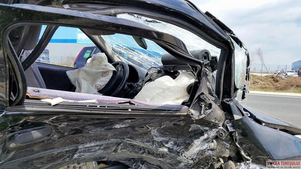 Accident-la-intrarea-în-Remetea-Mare@07