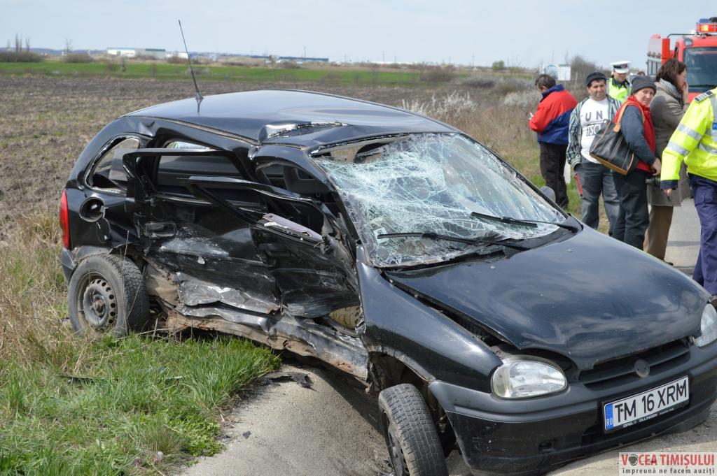 Accident-la-intrarea-în-Remetea-Mare@11