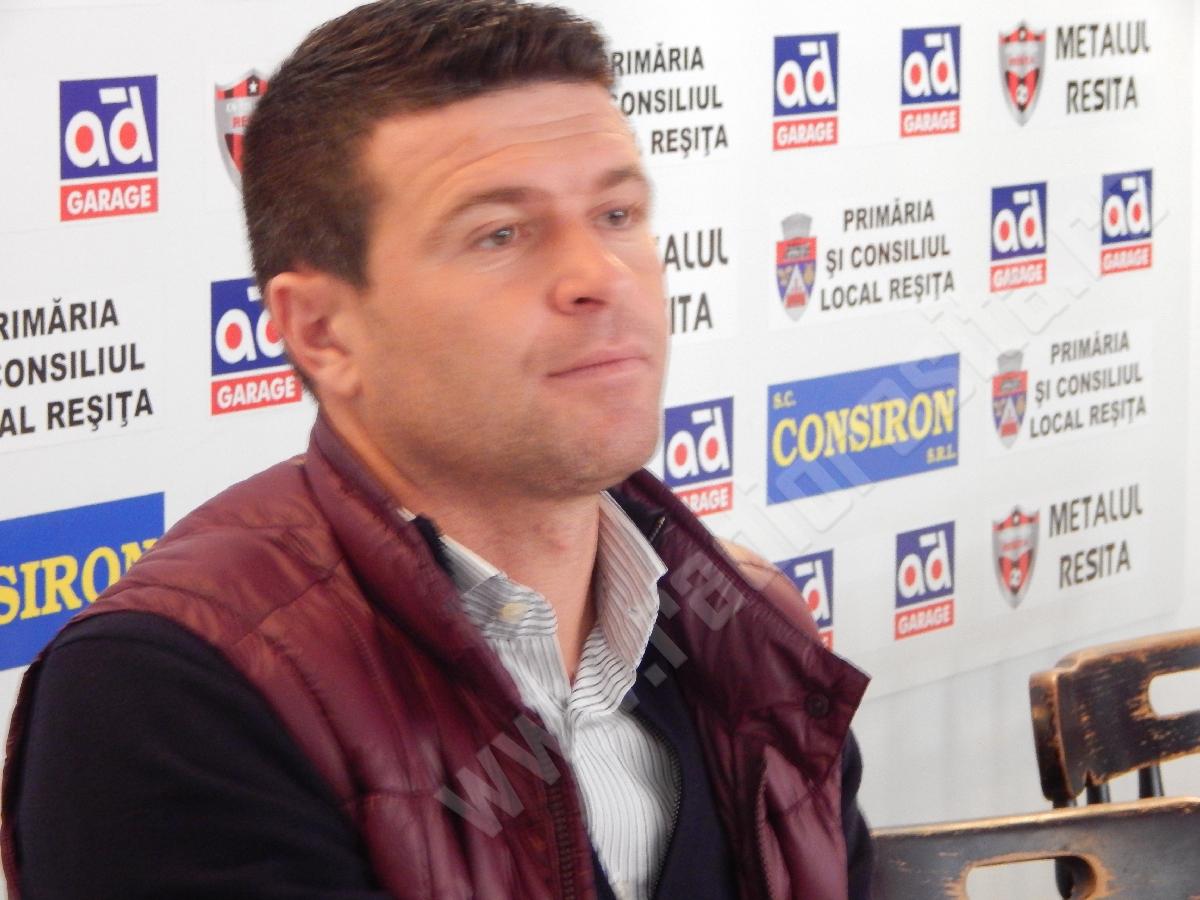 Daniel Oprita (4)
