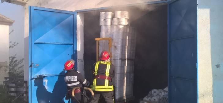 Incendiu-depozit-Sag-6-728x336