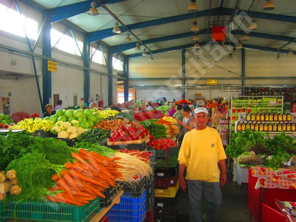 piata resita (3)