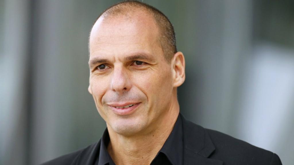 yanis-varoufakis-becomes-unlikely-sex-symbol-in-germany.w_hr