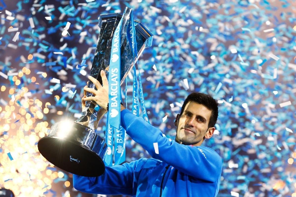 Djokovic castiga Turneul Campionilor de la Londra in fata lui Federer
