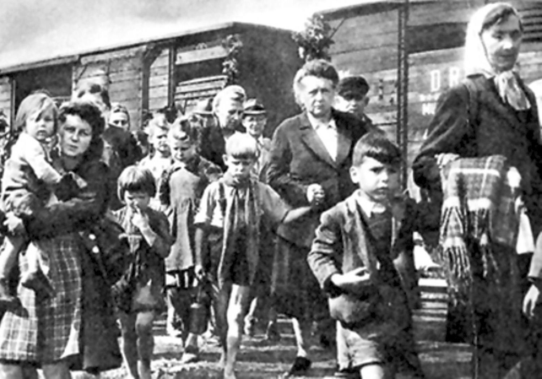 deportati tren